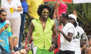Chris-Gayle-looks-good-007