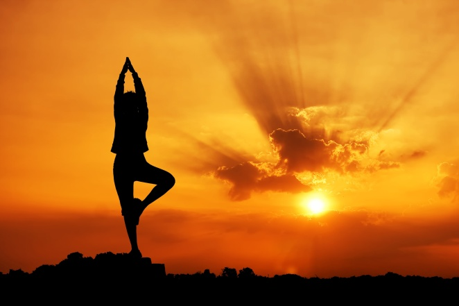 yoga-sunset-standing
