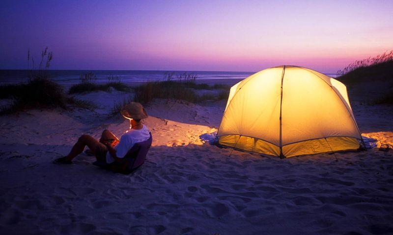 CampingHammocksBeach